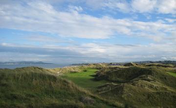 Corballis Links Golf Club: 2 or 4 Green Fees  (47% OFF)