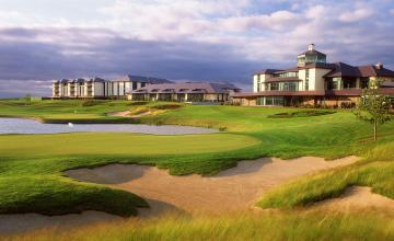 The Heritage Golf Resort: Tea/Coffee & Scone on arrival + A Round of Golf + Toasted Special for 2 or 4 People (50% OFF)