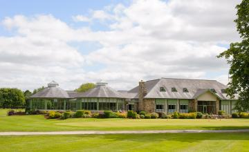 The Lodges at Kilkea Castle: 1 Night B&B for 2 + Main Course + Golf  (42% OFF)