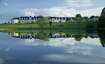 Mount Wolseley Hotel, Spa & Golf Resort: 2 Green Fees + A Buggy (35% OFF)