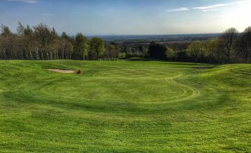 Hollywood Lakes Golf Club: 2 or 4 Green Fees (28% OFF)