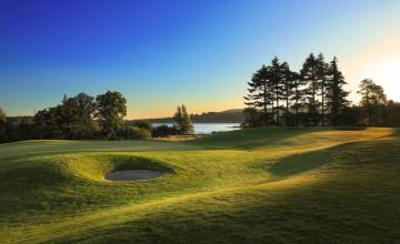 Tulfarris Hotel & Golf Resort: 2 Green Fees + Pull Trolleys (45% OFF)